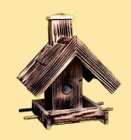 Karmnik przypalany domek